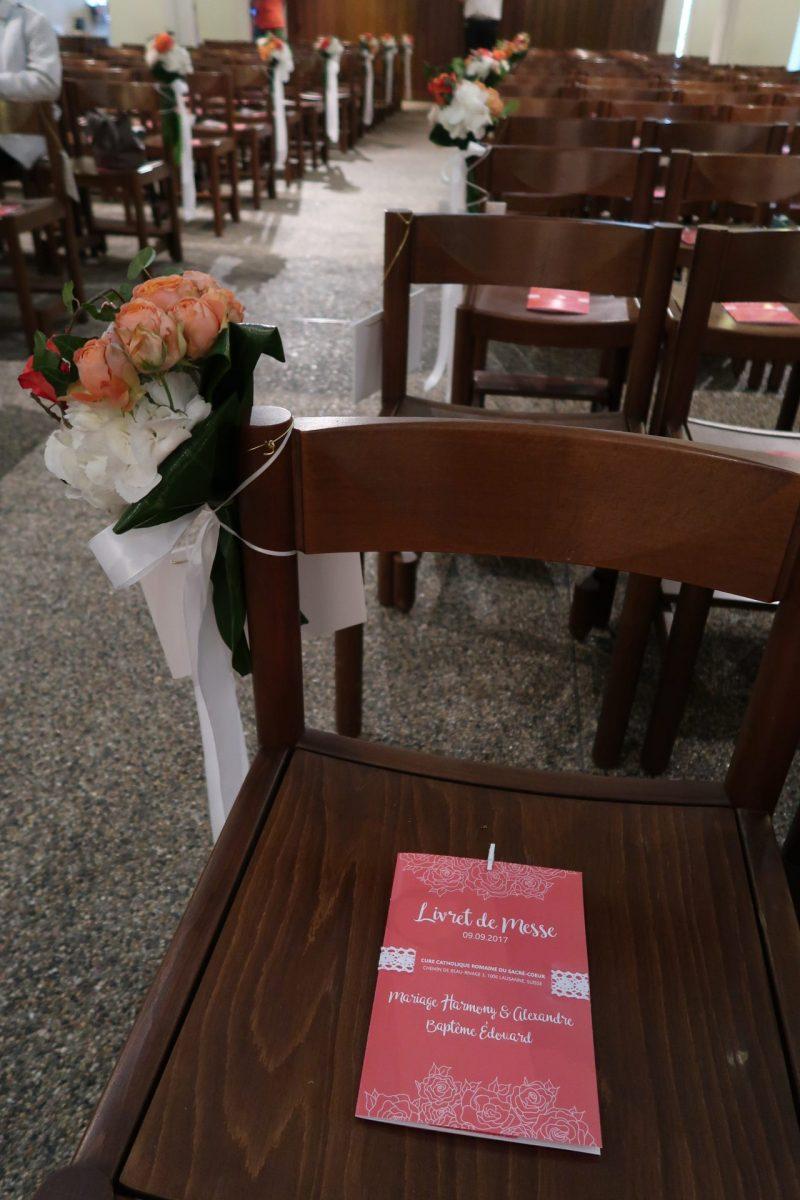Graphiste de mariage pour livret de messe rose et corail